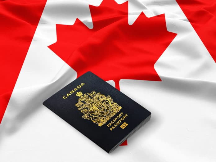 Canadian-Citizenship_330195183-696x522